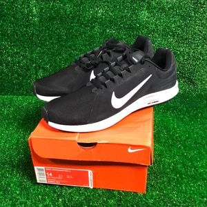 Nike Downshifter NWT Size 14